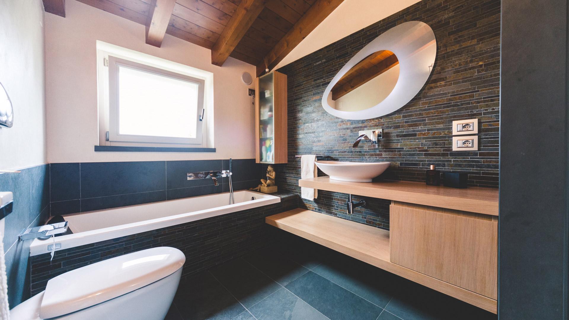 Piano Bagno In Ardesia : Lavorazione pietra naturale tufo e marmo u ronconi bagno in ardesia
