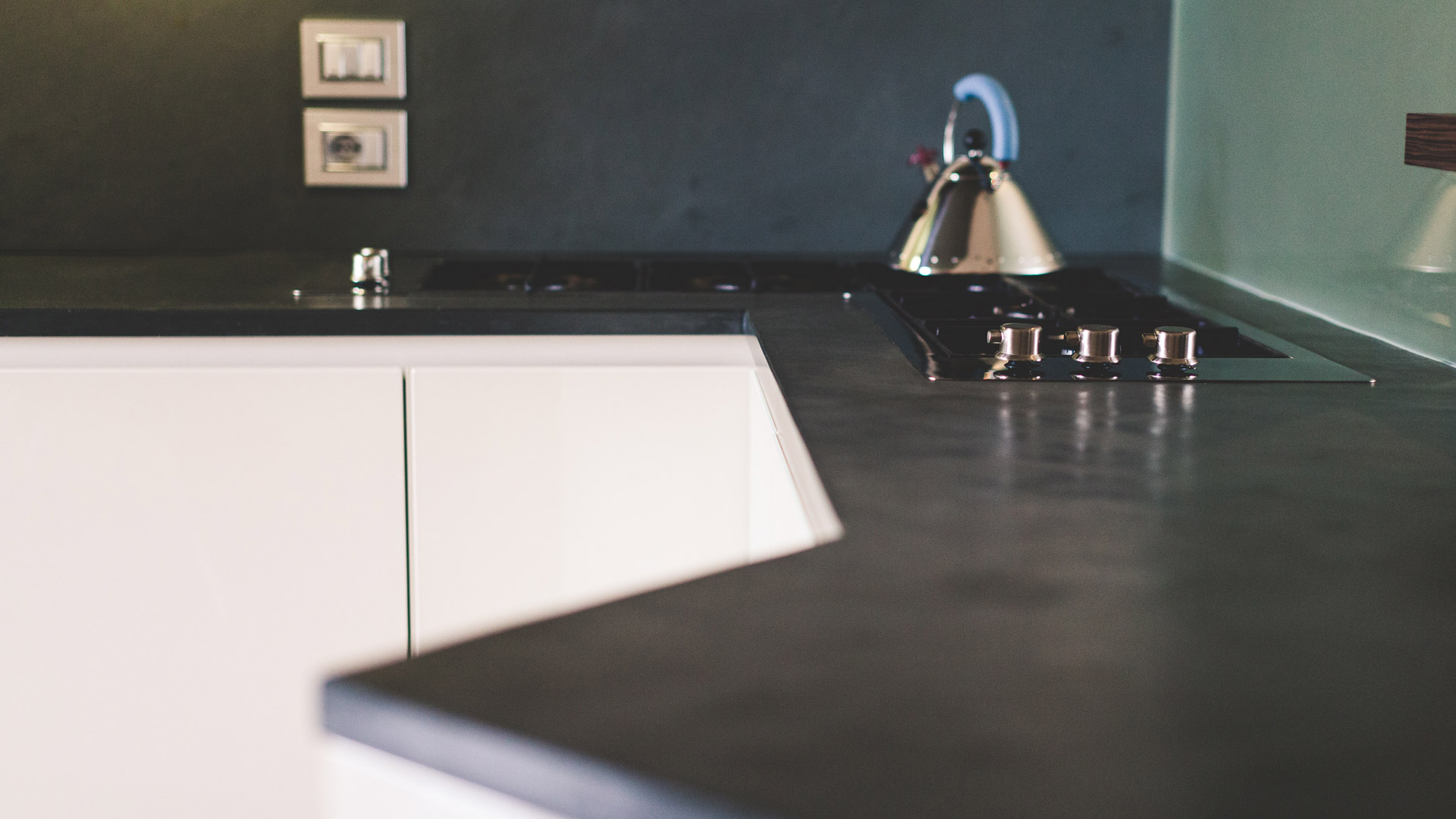 Lavorazione pietra naturale, tufo e marmo – Ronconi » Piano cucina ...